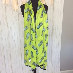 crown & ivy Accessories - Crown & Ivy Green Pineapple Scarf